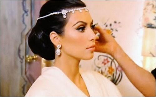 Kim Kardashian Wedding Hairstyles Estilo Moda Wedding Blog Bespoke Bridal Fashion for the