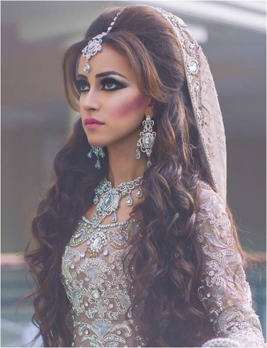 Open Hair Hairstyles for Wedding 20 Latest Indian Bridal Hairstyles Easyday