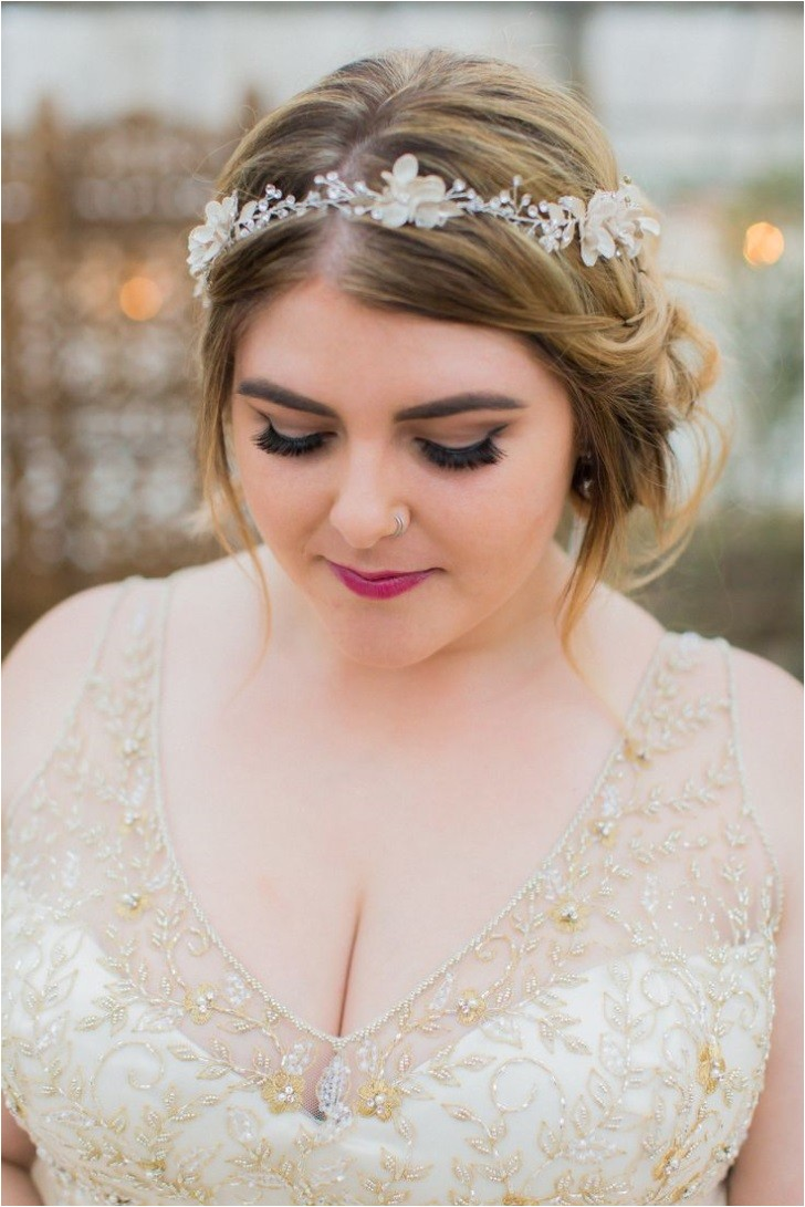 Wedding Hairstyles for Fat Faces Awesome Wedding Hairstyle for Round Face to Look Slim