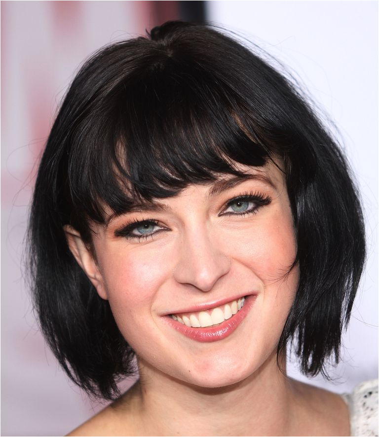 Hairstyles with Jagged Bangs A Gallery Of Hairstyles Featuring Fringe Bangs
