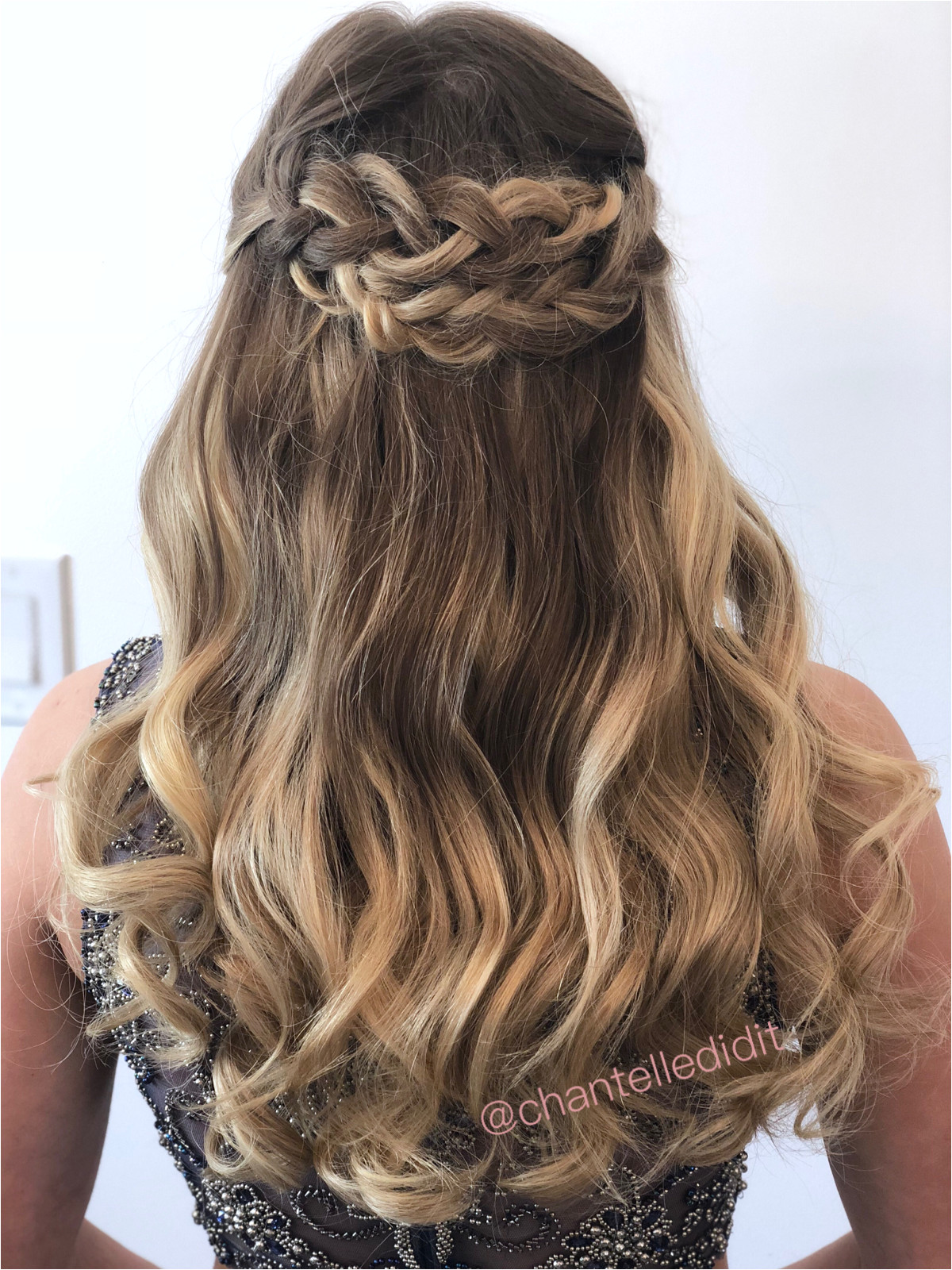 Loose Curls Hairstyles Pinterest soft Romantic Half Updo with Braids and Loose Curls