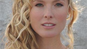 Beach Wedding Hairstyles for Medium Length Hair 20 Romantic Bridal Hairstyles Magment
