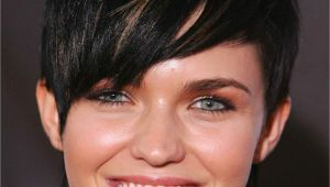 Best Hairstyles for Tall Women the Best Hairstyles for Women Of Every Body Type