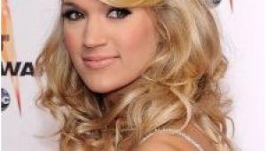 Carrie Underwood Hairstyles Half Updos Carrie Underwood Half Updo with Hump Carrie Pinterest