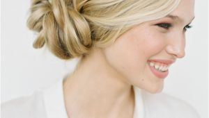 Casual Hairstyles for Weddings 21 Casual Wedding Hairstyles that Make Everyone Love It