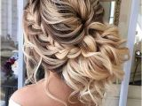 Curly Hairstyles for A Wedding Guest 20 Long Curly Wedding Hairstyles 2017