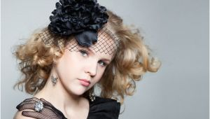 Curly Hairstyles with Fascinators 20 totally Easy Teen Hairstyles to Recreate This Winter
