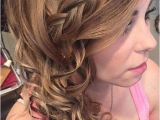 Curly Prom Hairstyles for Long Hair to the Side 25 Best Ideas About Side Curly Hairstyles On Pinterest