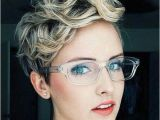 Cute Hairstyles for Girls with Glasses 20 Best Hairstyles for Women with Glasses