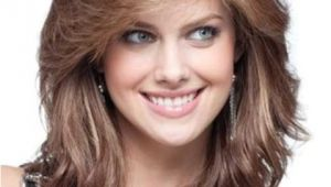 Cute Shoulder Length Hairstyles for Round Faces 16 Must Try Shoulder Length Hairstyles for Round Faces