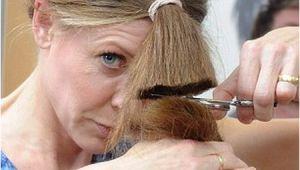Diy Haircut Lee Stafford How to Cut Your Own Hair Hairstyles