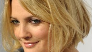 Drew Barrymore Bob Haircut Drew Barrymore S Blond Bob Hairstyle with Waves
