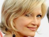 Easy 40s Hairstyles 20 Best Hairstyles for Women Over 40 Popular Haircuts