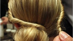 Easy and Simple Hairstyles to Do at Home Easy Hairstyles to Do at Home