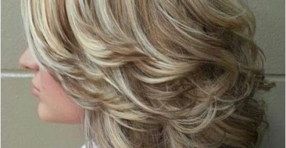 Easy Hairstyles for Layered Medium Length Hair 50 Cute Easy Hairstyles for Medium Length Hair