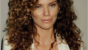 Easy Hairstyles for Short Wavy Hair 32 Easy Hairstyles for Curly Hair for Short Long