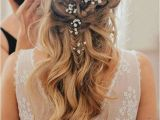 Easy to Do Hairstyles for Weddings 24 Beautiful Bridesmaid Hairstyles for Any Wedding the