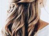 Everyday Hairstyles Wavy Hair the Ultimate Hairstyle Handbook Everyday Hairstyles for the Everyday
