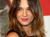 Haircut for Long Hair Round Face Indian 16 Flattering Haircuts for Long Face Shapes