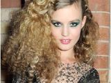 Hairstyles 70 S Disco Era Disco Hairstyles Google Search that 70s In 2019