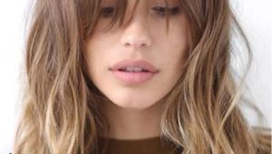 Hairstyles Bangs Oval Face Long Bangs with Waves In Gentle Ombre Hair Cut Pinterest