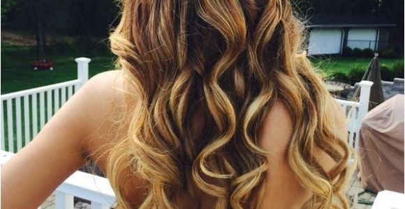 Hairstyles for Long Hair Left Down 21 Gorgeous Home Ing Hairstyles for All Hair Lengths Hair