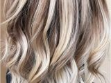 Hairstyles for Short Hair Up to Your Shoulders 24 Easy New Medium Hair Styles Hair Pinterest