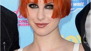 Hayley Williams Bob Haircut Paramore S Performance On Conan O Brien On 8 12 13