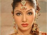 Hindu Wedding Bridal Hairstyles Indian Wedding Hairstyles and Bridal Makeup