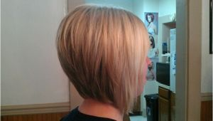 How to Cut A Stacked Bob Haircut Video Video Stacked Blonde Bob Haircut