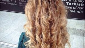 Long Hairstyles Half Updos Easy 31 Gorgeous Half Up Half Down Hairstyles Hair Pinterest