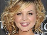 Medium Bob Haircuts for Wavy Hair 20 Most Popular Medium Curly Wavy Hair Styles for Women
