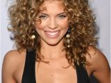 Medium Length Hairstyles for Women with Curly Hair 32 Easy Hairstyles for Curly Hair for Short Long