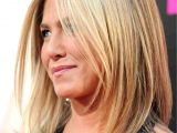 Mid Length Hairstyles Jennifer Aniston Jennifer Aniston S Best Hairstyles Over the Years