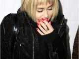 Miley Cyrus Haircut Bob Chatter Busy Miley Cyrus Debuts Short Bob Haircut Photos