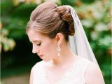 Pics Of Wedding Hairstyles with Veil 27 Wedding Hairstyles that Work Well with Veils
