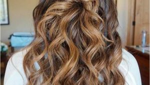 Prom Hairstyles Down One Side 36 Amazing Graduation Hairstyles for Your Special Day