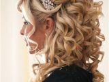 Quinceanera Hairstyles with Curls and Tiara Fotos De Peinados Para Novias Actuales Y Elegantes Aqu