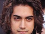 Semi Long Hairstyles for Men Semi Curly Hairstyles for Men