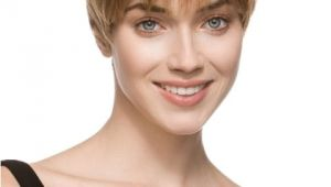 Short Easy to Manage Hairstyles for Thick Hair 16 Short Hairstyles for Thick Hair