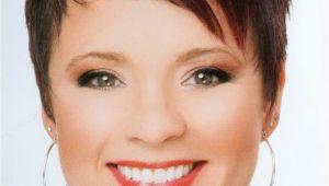 Short Spikey Womens Hairstyles Spikey assym Pixie Hair Nails Beauty Pinterest