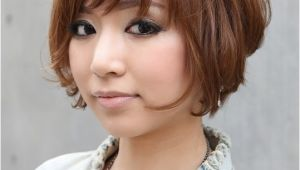 Stacked Angled Bob Haircut with Bangs Trendy Short Copper Haircut From Japan Stacked Short