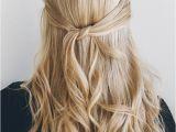 Straightened Hairstyles Half Up Pin Od Použvateľa Gréta Semanová Na Nástenke Beauty & Hair & Nails