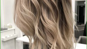 Surfer Girl Hairstyles Long Hair 20 Cool Layered Haircut Thick Hair