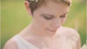 Wedding Hairstyles Short Hair with Veil Pixie Short Hairstyles for Weddings Wedding Pinterest